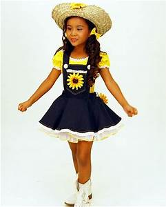 52 best images about pequeu00f1a vaquerita on Pinterest | Kids cowboy boots Handkerchief dress and ...
