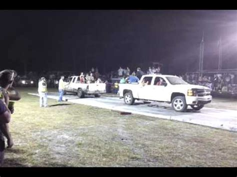 White Chevy Silverado VS White Ford F 150 Round 2 TCR Tug