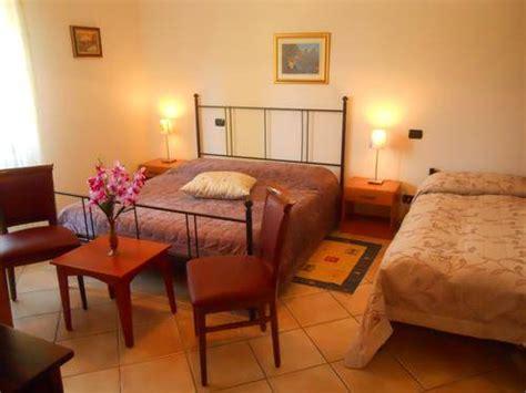 bed and breakfast la terrazza bed and breakfast la terrazza peschiera garda lago