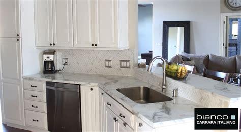 white tile backsplash carrara bianco honed 1x2 herringbone mosaic tile
