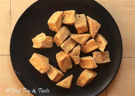 Kukus pangsit selama ±10 menit sampai matang, angkat lalu sajikan dengan saus cocol. Resep Tahu Isi Aci Saus Kacang a la JTT | Just Try & Taste