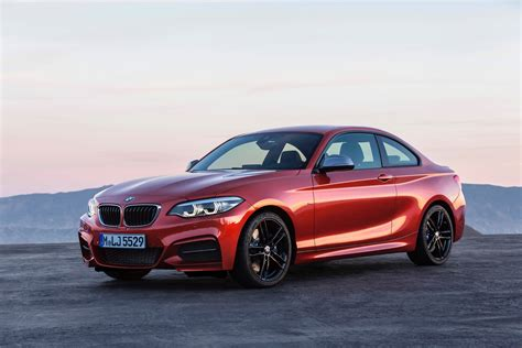 bmw series pictures world premiere bmw 2 series coupe and convertible facelift