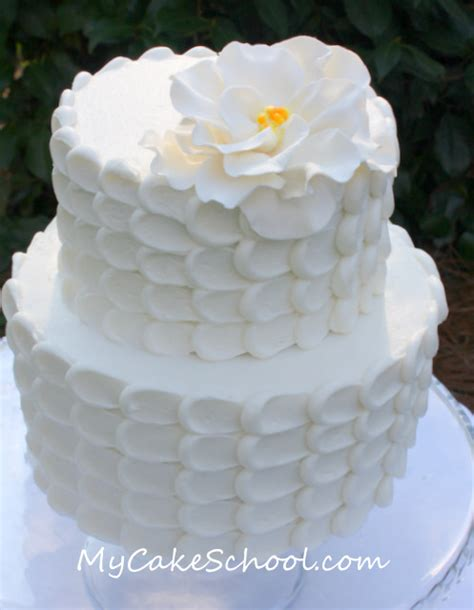 Petal Effect Cake Decorating