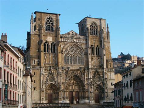 si鑒e de vienne file facade cathédrale vienne jpg