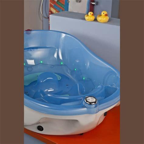 siege pour baignoire bebe baignoire pour bebe 28 images les 25 meilleures id 233