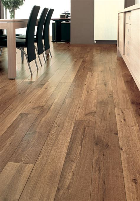 QUICK STEP : UF995   Vintage Oak Natural Varnished Planks