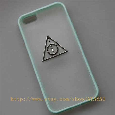 harry potter iphone 5 harry potter iphone 5 bronze studded iphone