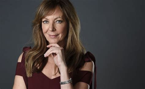 allison janney career i tonya how a freak accident led to allison janney s