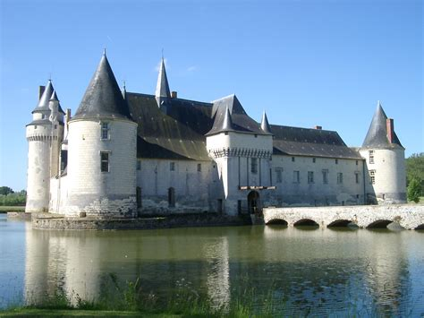 ch 226 teaux of the loire valley