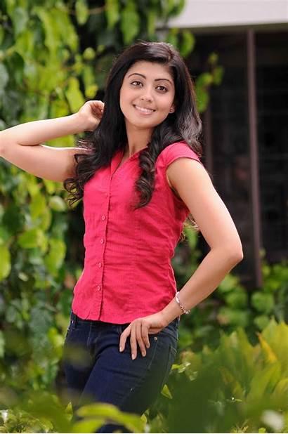 Pranitha Stills Shakuni Latest Hq Wallpapers Actress