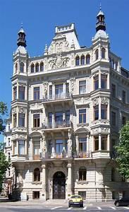 Revivalism  Architecture