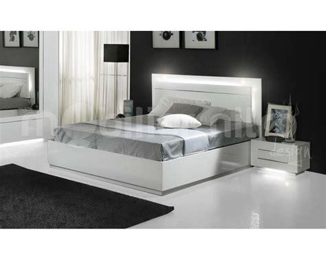 lit laque blanc 160 indogate chambre a coucher blanc laque