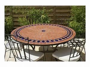 Table Mosaique Exterieur. table de jardin mosaique ronde en pierre 4 ...