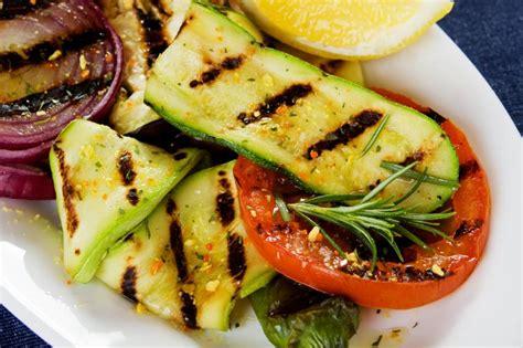 comment cuisiner quinoa comment devenir végétarien toutcomment