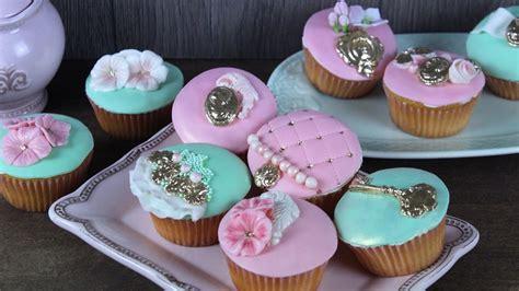 muffins dekorieren saftige vintage zitronen cupcakes muffins dekorieren rezept und tutorial hochzeit ca 30 st 252 ck