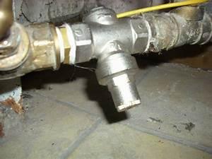 Pression De L Eau : r glage d 39 un r ducteur de pression ~ Dailycaller-alerts.com Idées de Décoration