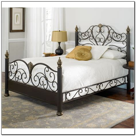 wrought iron bed decorating ideas wrought iron bed frames beds home design ideas b1pm8zyq6l4109
