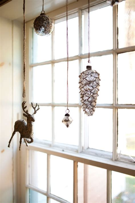 elegant christmas window decor ideas