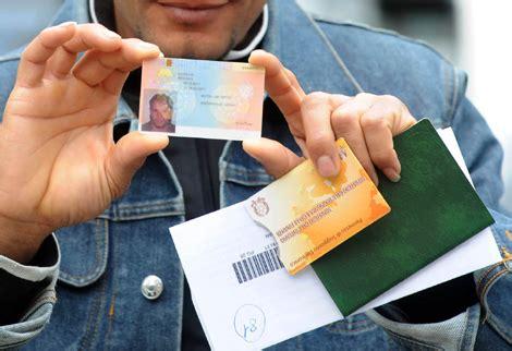 stranieri in italia permesso di soggiorno cosenza nuova truffa ai danni di stranieri in primo