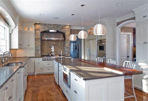 colonial kitchen ideas kitchen photo 1600x1093