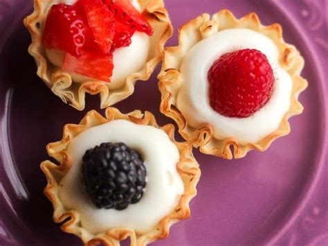 The flaky, delicate dough has been on my list for a while and i've had plenty of recipes in mind! Easy Phyllo Fruit Cups | Favorite Family Recipes | Light desserts, Desserts, Fancy desserts easy