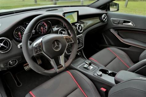 picture   mercedes benz gla  amg review