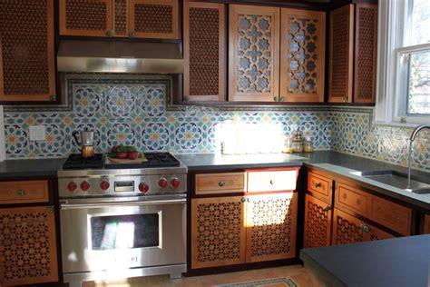 les modeles des cuisines marocaines le moucharabieh au coeur de la décoration orientale