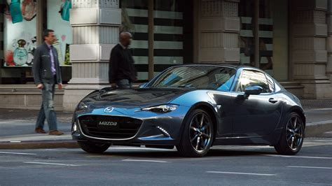 Roadster From Japan by Mazda Roadster Rf Debuts In Japan Retails From 31 170
