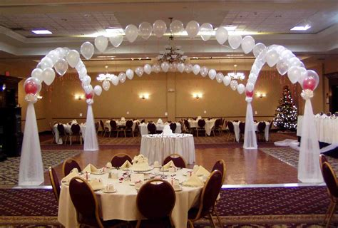 wedding table decoration ideas on a budget wedding decor ideas without flowers included wedding decor