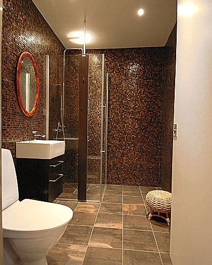 Badezimmer Fliesen Ideen Braun by 17 Best Ideas About Brown Tile Bathrooms On