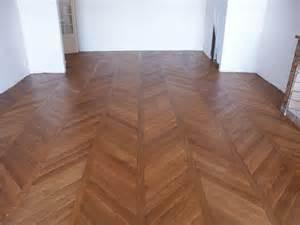 atelier des granges parquet chevron hardwood floor 197