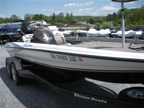 Triton Bass Boat Trailer Fenders by Triton Tr 21x Hp Boats For Sale