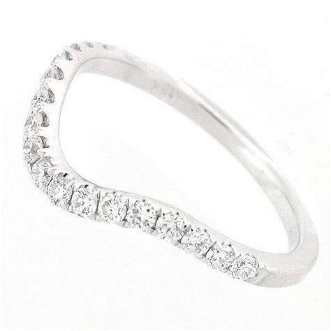 white gold curved diamond wedding ring  cts