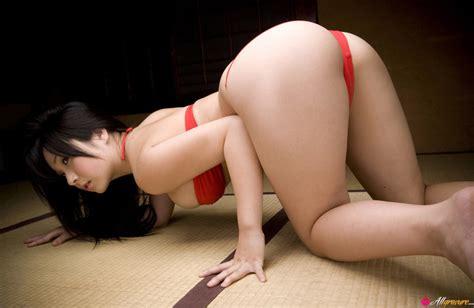 Rui Kiriyama All Gravure Free Nude Pictures