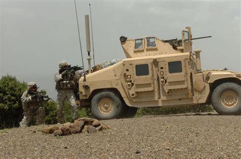 army humvee hmmwv object giant bomb