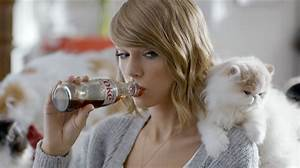 Taylor Swift Gets a Taste of Her Favorite Things in New ...