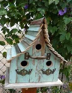 Birdhouses, U2026