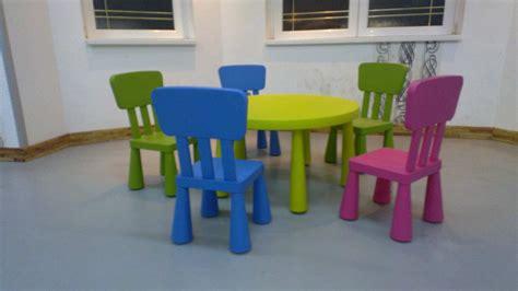 Ikea Küchenfronten Sä by Ikea Deciji Sto Sa 5 Stolica Kupindo 11778097