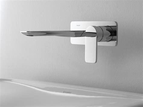 rubinetto a muro rubinetto per lavabo a muro sento rubinetto per lavabo a