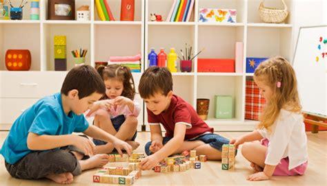 About Montessori Philisophy - Maria Montessori Nursery School