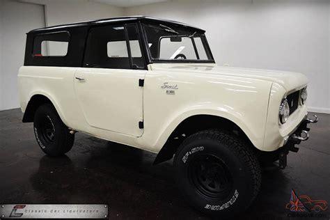 jeep bronco white ihc four wheel drive mud toy not jeep fj40 bronco v8
