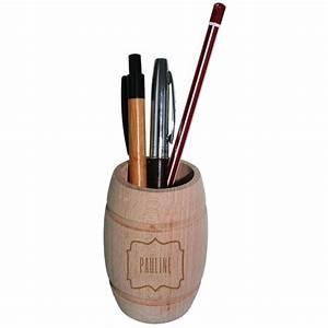 Pot A Crayon : pot crayons tonneau grav une id e de cadeau original amikado ~ Teatrodelosmanantiales.com Idées de Décoration