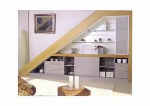 Amenagement sous escalier sur mesure meubles guiral for Meuble sous escalier