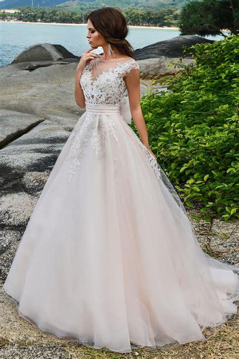 Свадебные платья 2019 модные тенденции