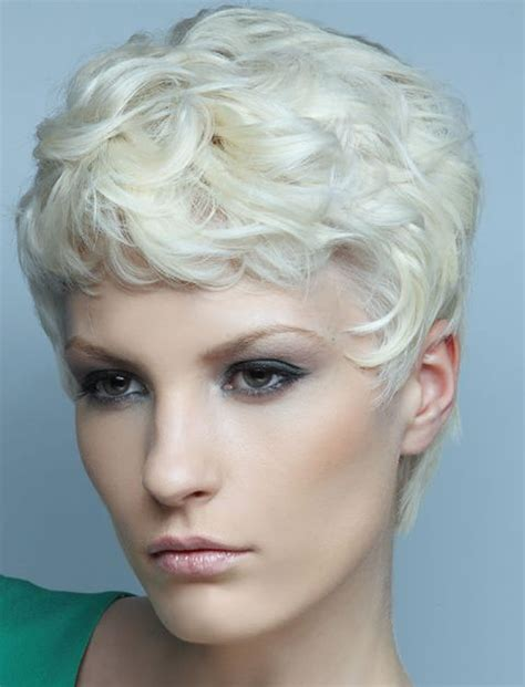 Pixi Hairstyle 55 stylish pixie hairstyles in 2017 pixie hair cuts