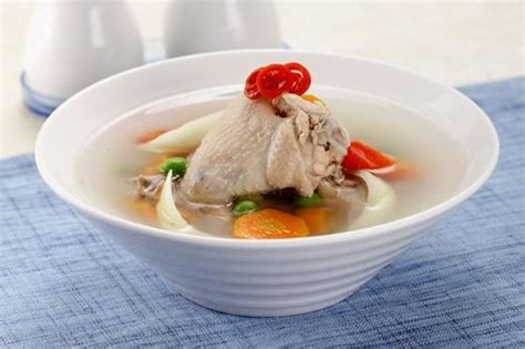 Karena sayur sop ini sangat resep sayur sop pada umumnya menggunakan banyak bahan sayuran dan memasak dengan cara membuat resep sop ceker : Resep Sop Enak Dan Gurih / Resep Sup Sayur Enak Gurih Ekonomis Tanpa Ayam Enak