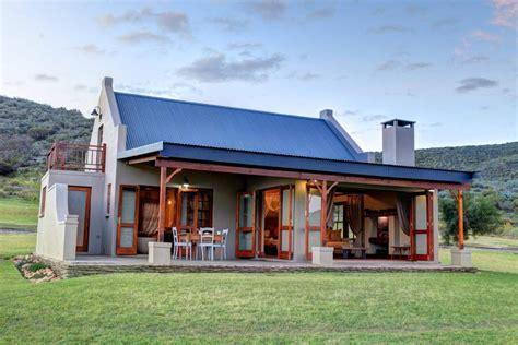 Madi-Madi Karoo Safari Lodge , Oudtshoorn, South Africa