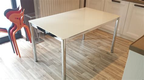 Tavolo Allungabile Vetro Ikea