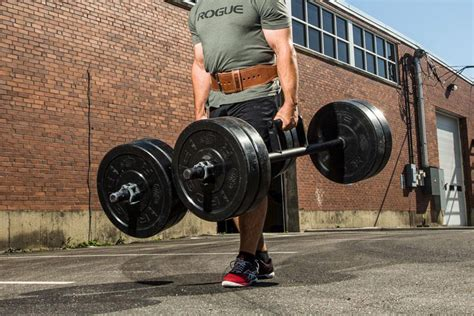 Farmer Walks - The Simplest Exercise for All Muscle Groups