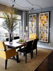 Salle A Manger Tendance : duo de couleurs tendance le gris et le jaune dans la salle manger bricobistro ~ Teatrodelosmanantiales.com Idées de Décoration
